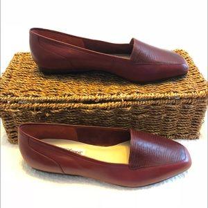 Worthington Leather Flats Soft Collection size7 M